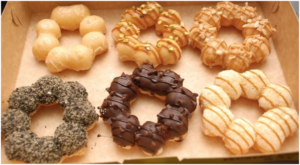 Mesin-Pembuat-Donut-Bentuk-Flower-listrik-2-maksindopalembang (1)